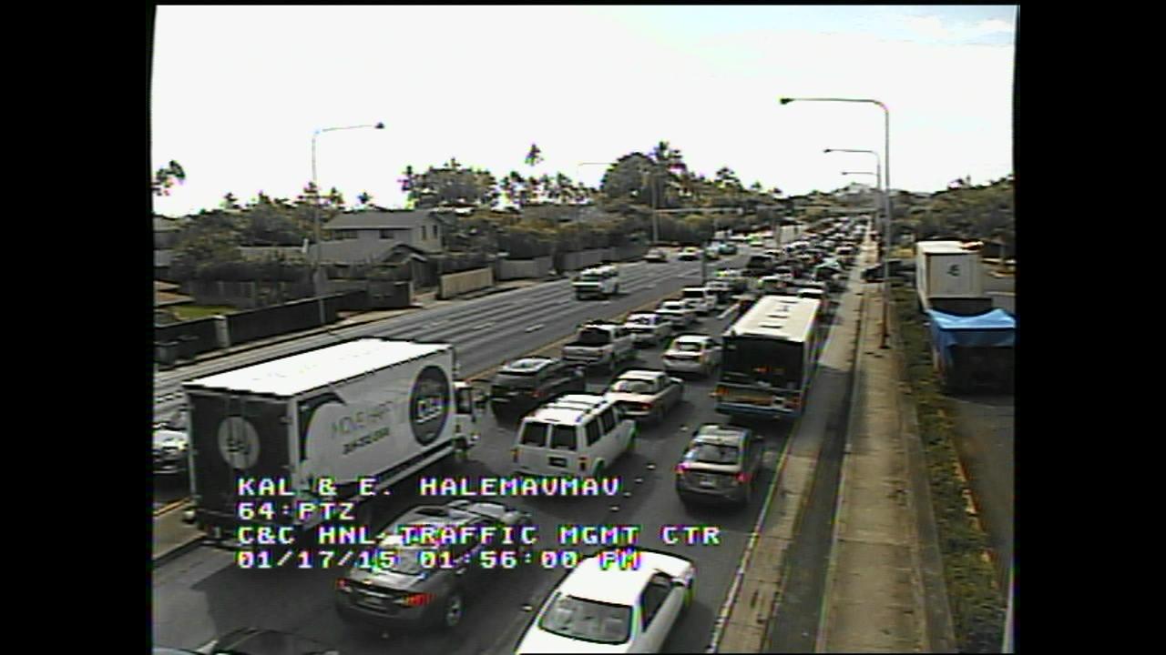 Bad Traffic Kalanianaole Highway_74632