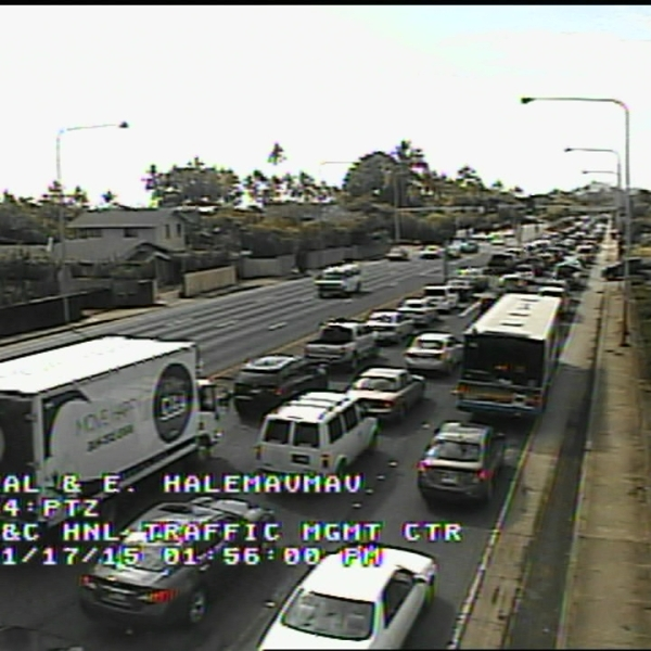 Bad Traffic Kalanianaole Highway_74632