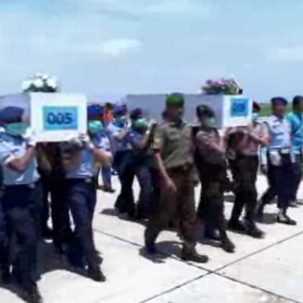 malaysian airlines crash bodies_72366