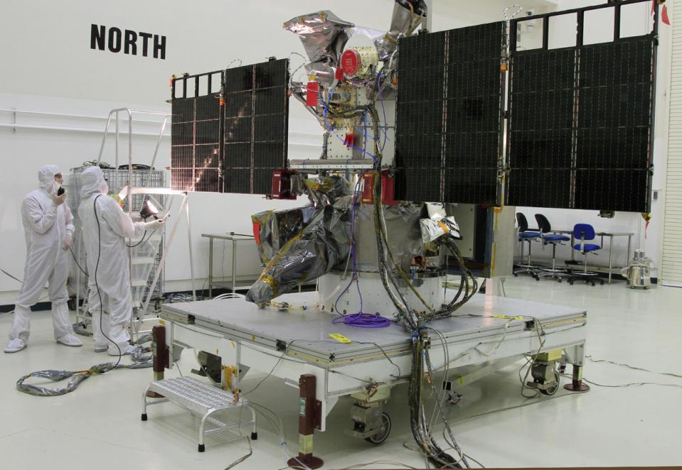 deep space climate observatory spacecraft_77670