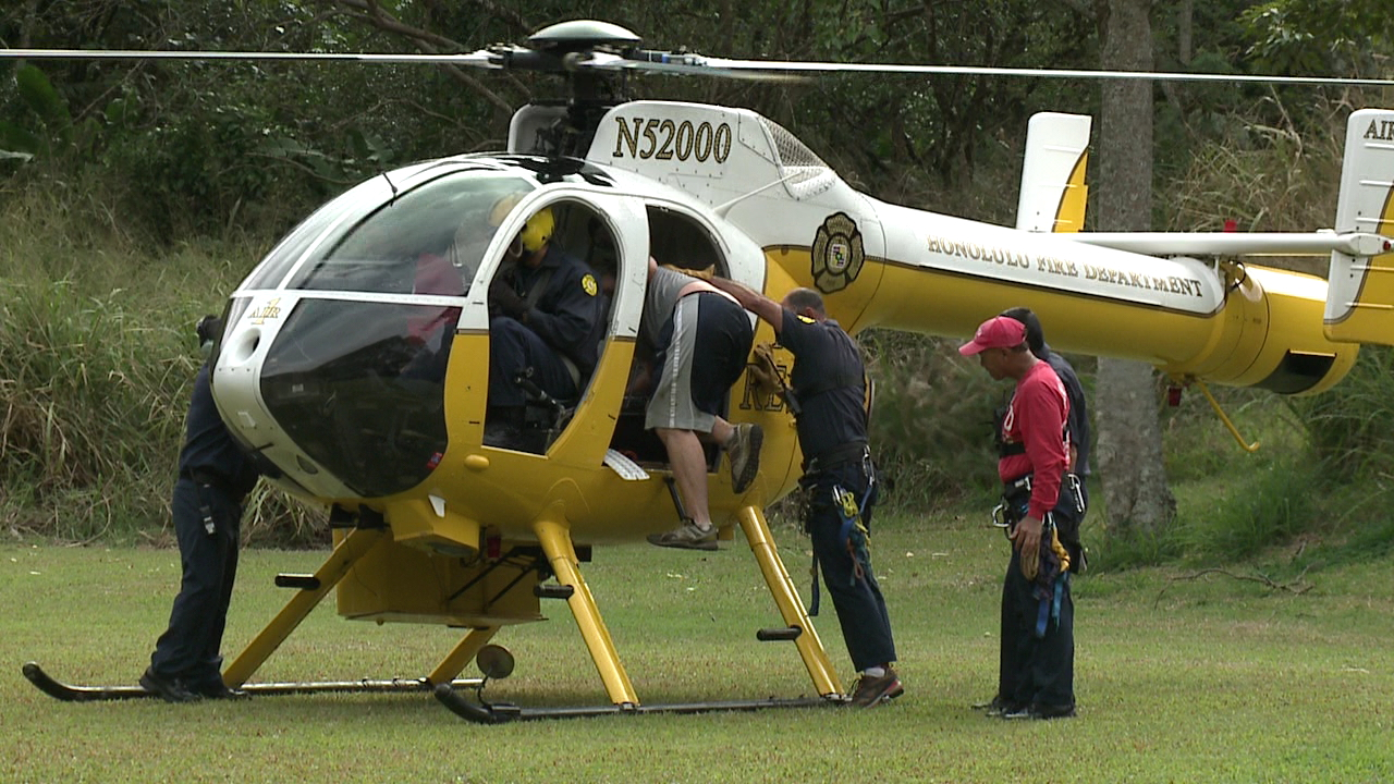 moanalua valley hiker rescue air one_83160