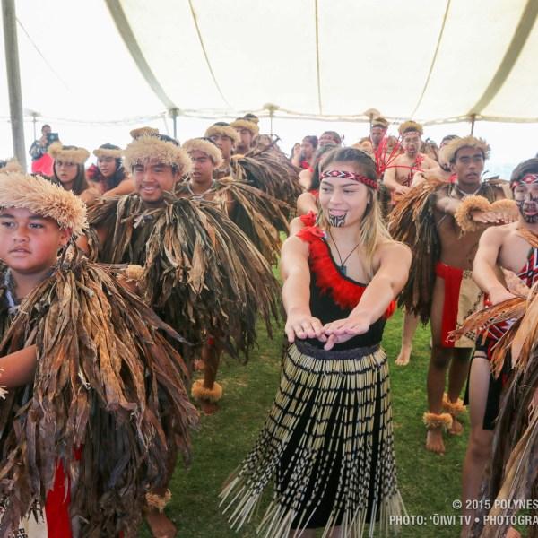 QLCC youth sharing a hula._91127