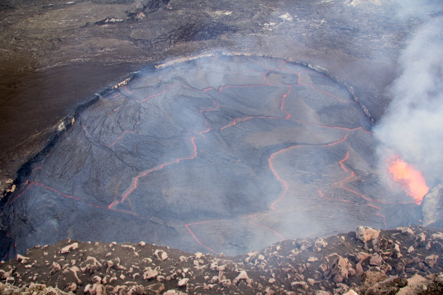kilauea crater lake-1_91234