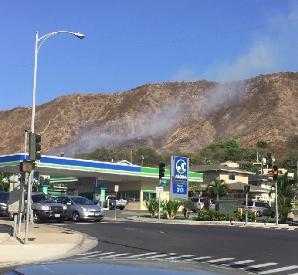 diamond head brush fire_96316