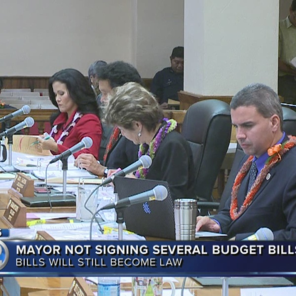 Mayor returns budget bills unsigned, cuts, added positions in question