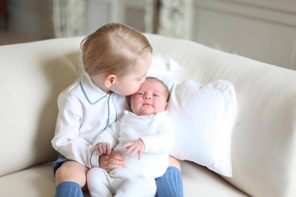 Princess Charlotte, Prince George_98504