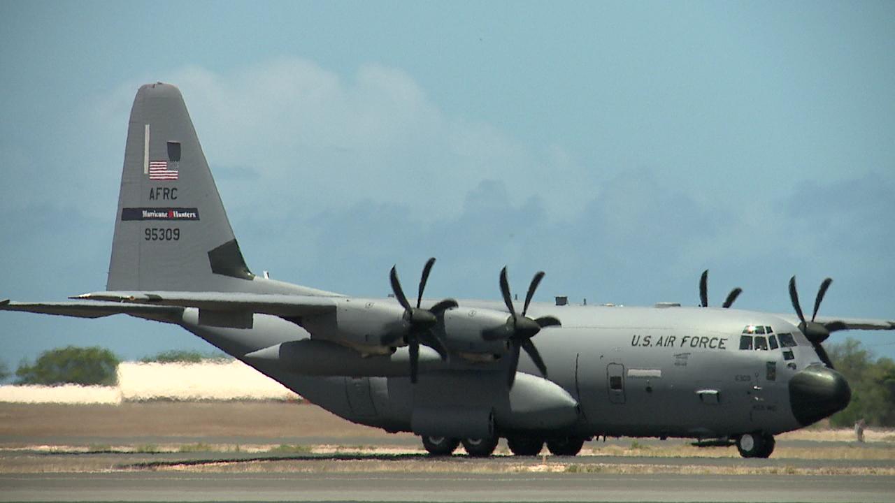 hurricane hunters plane_104082