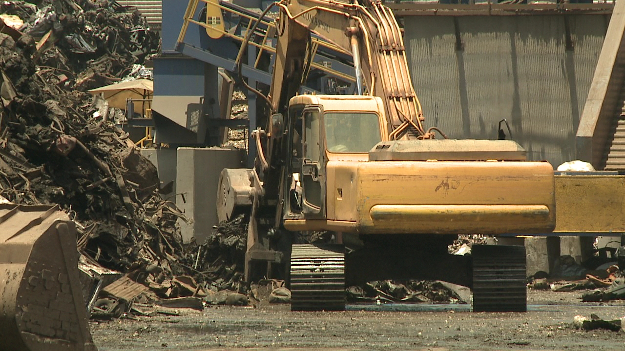 island recycling scrap metal_103649