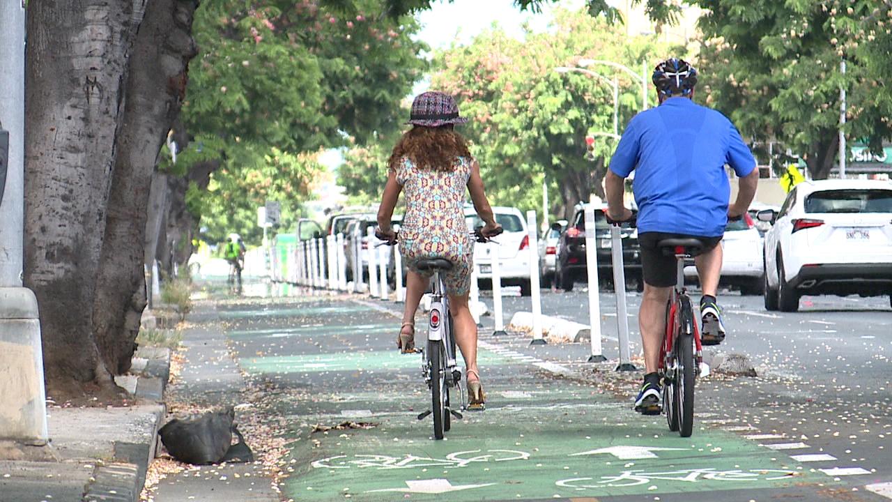 Bicycling_113007