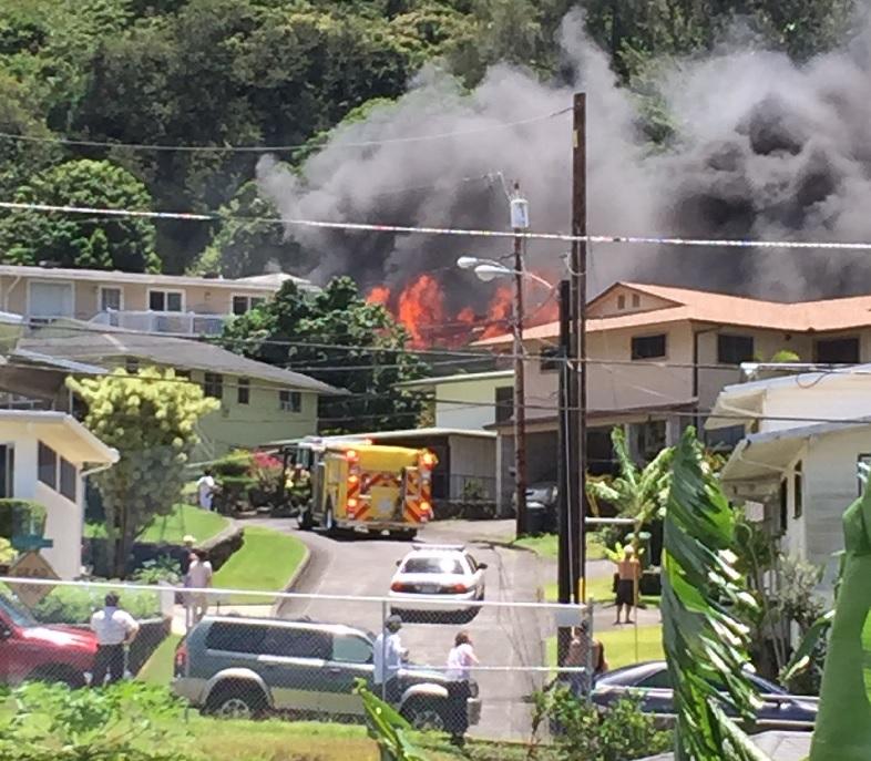 pauoa valley fire_110151