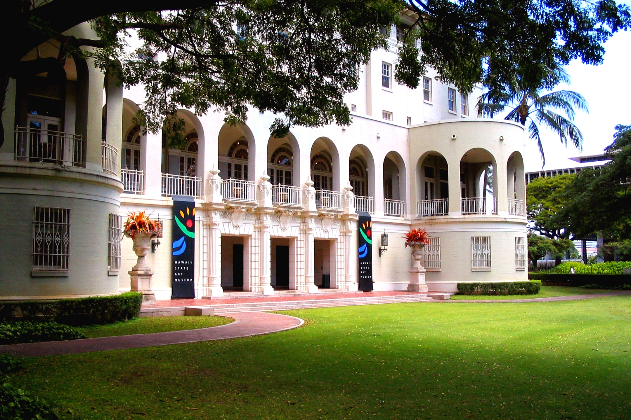 Hawaii State Art Museum Building exterior Hawaii State Foundation on Culture and the Arts_117487