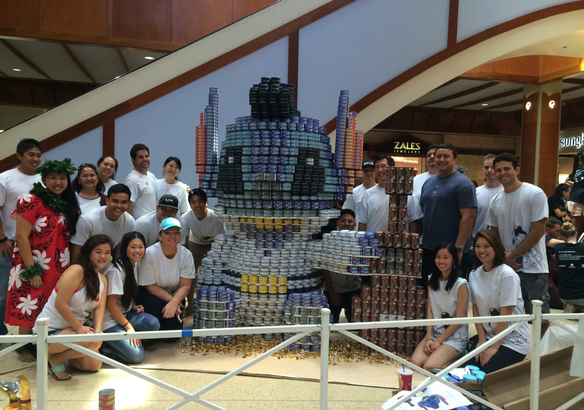 2015Canstruction_G70Layton4_121293