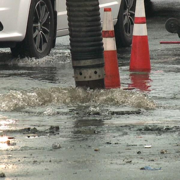 ala moana sewage spill_121658