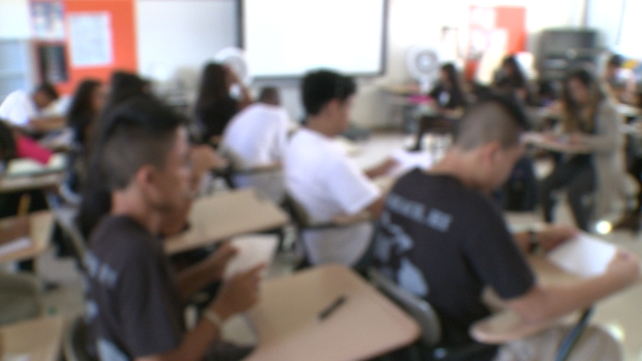blurry classroom students_108081