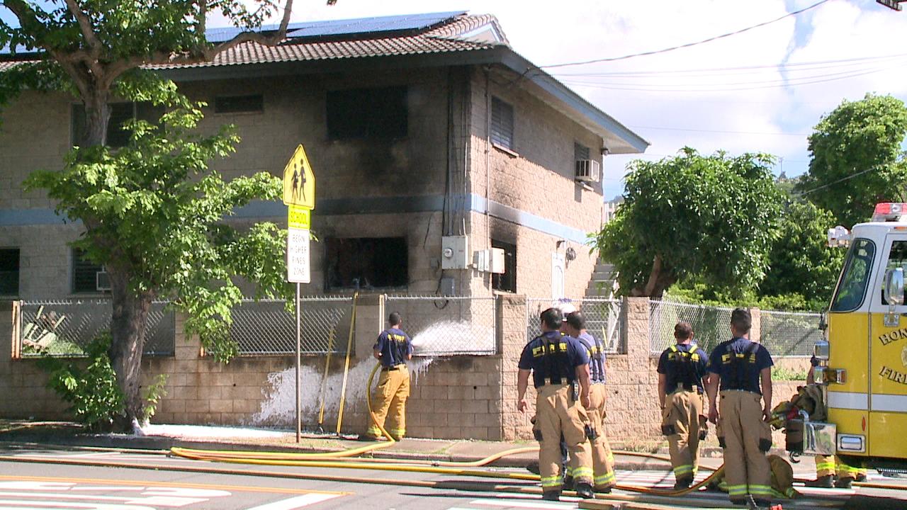 kalihi house fire (1)_121027