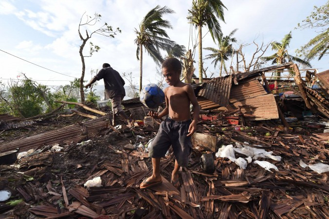 Vanuatu-Cyclone-Pam_Tzok-1-676x450_127740