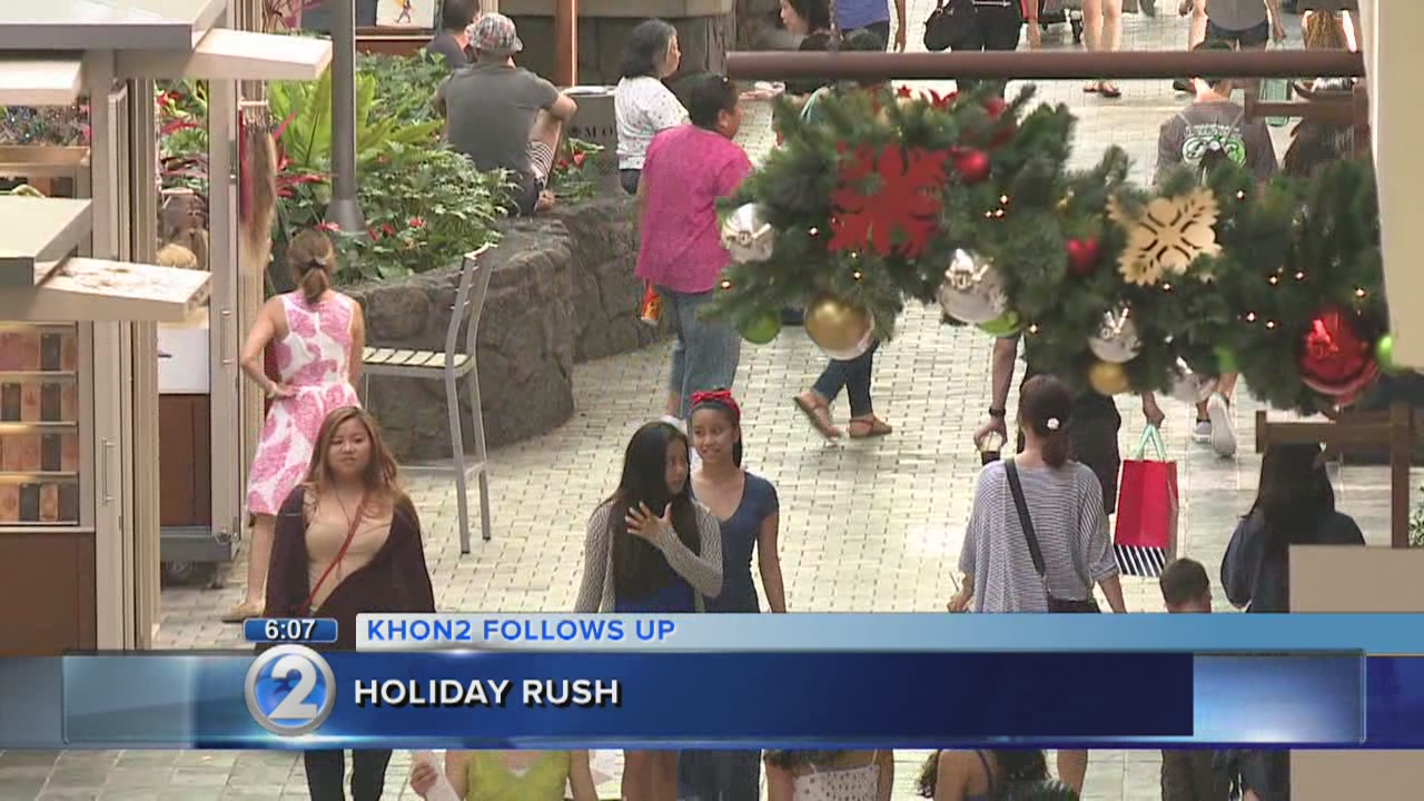 Stores packed with last-minute shoppers two days before Christmas