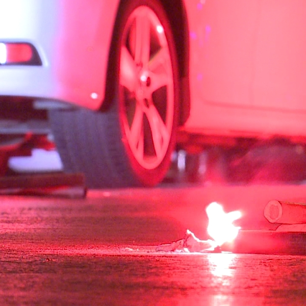 dui checkpoint holiday safety drive vehicle flares generic_135022