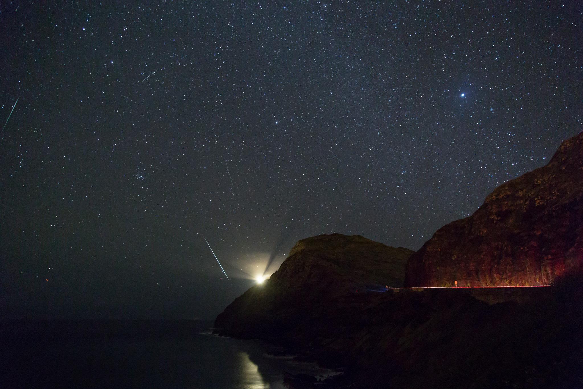 meteor shower jerre stead makapuu lighthouse
