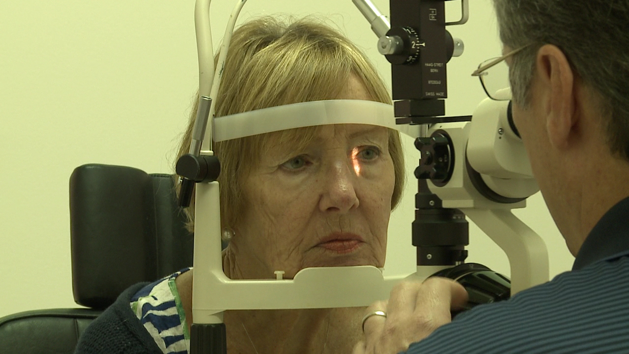 glaucoma optometrist eye checkup test_139473