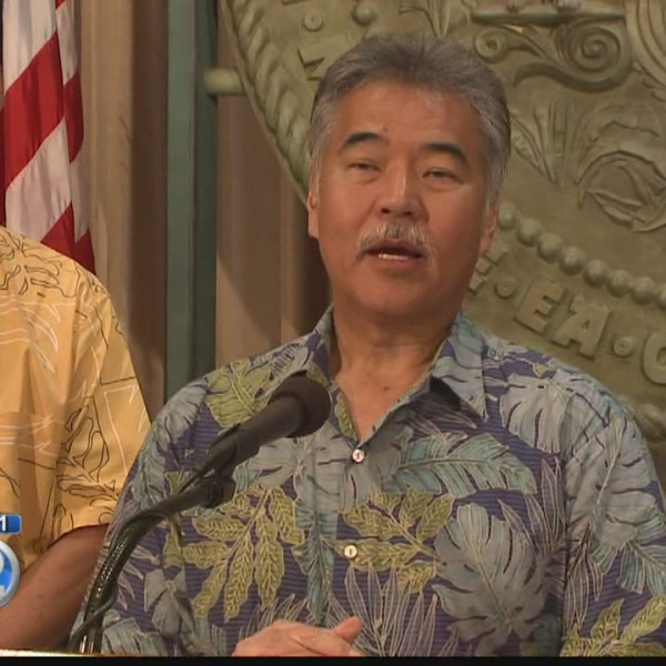 Gov. Ige signs emergency proclamation to fight mosquito-borne illnesses in Hawaii