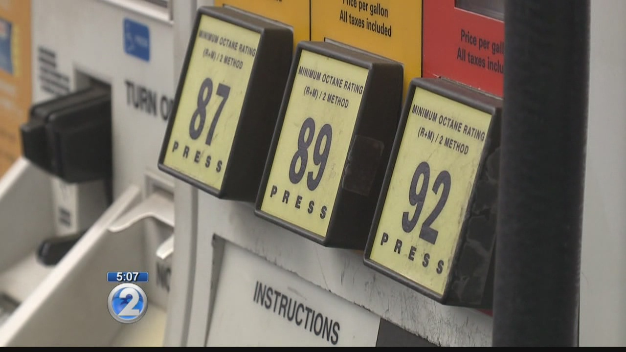 Stations continue to sell ethanol-blended gas, despite state law repeal