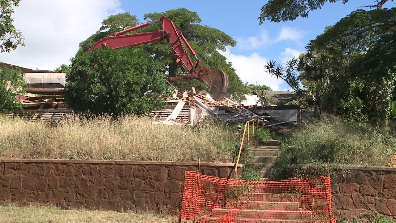 kaimuki uh demolition_141689