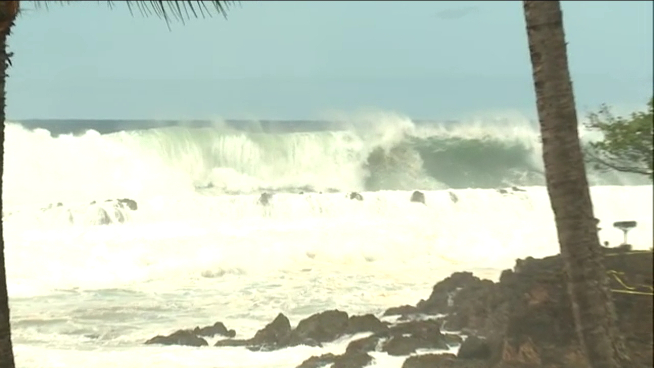 north shore high surf_144395