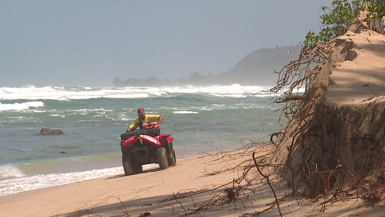 north shore surf lifeguard atv erosion_144669