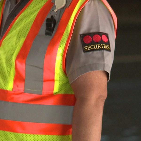 securitas honolulu airport security guard_143355