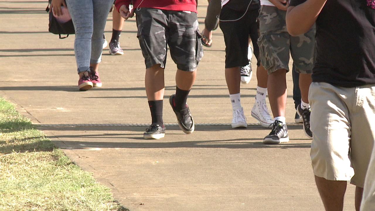 students kids feet walking generic_142799