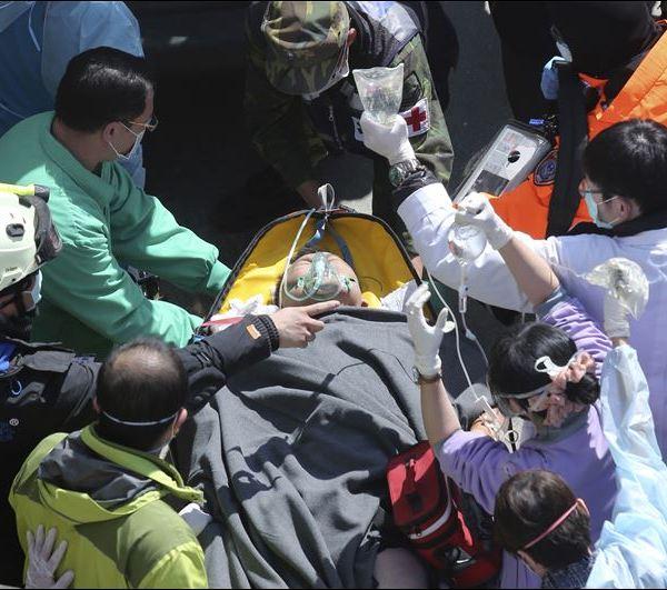 Taiwan-Earthquake-83-survivor_142349