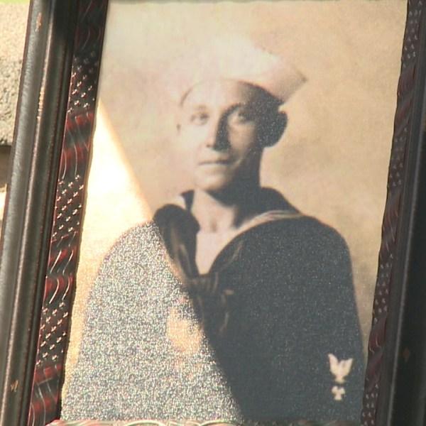 navy sailor Vernon Luke_146995