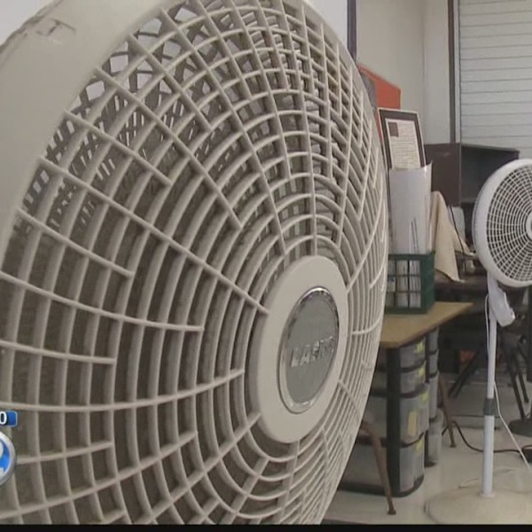 Is DOE on track to meet a goal to cool Hawaii schools?