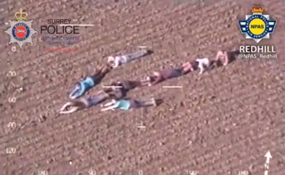 british kids help police chopper_150775