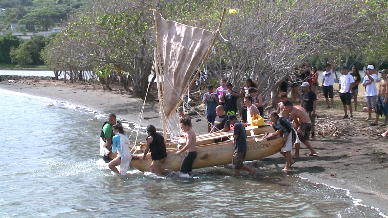 castle high canoe launch_154899