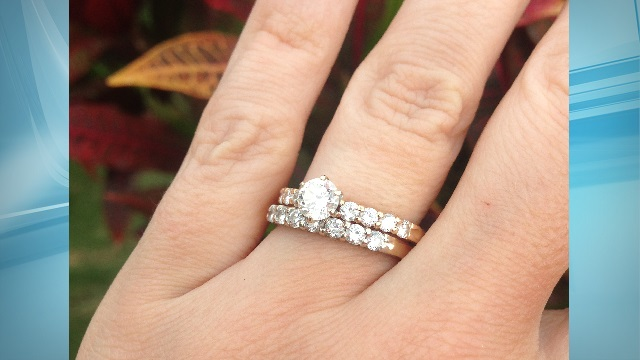 ring laura mitrowski_153382