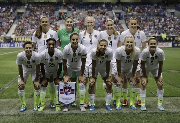 Meghan Klingenberg, Crystal Dunn, Carli Lloyd, Morgan Brian, Julie Johnston, Kelley O'Hara, Alex Morgan, Hope Solo, Becky Sauerbrunn, Morgan Br_150558