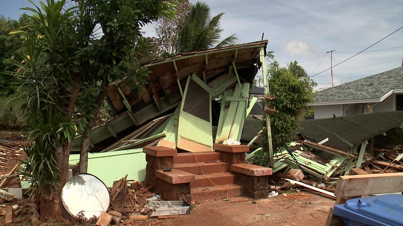 wahiawa house collapse day 2 (1)_151327