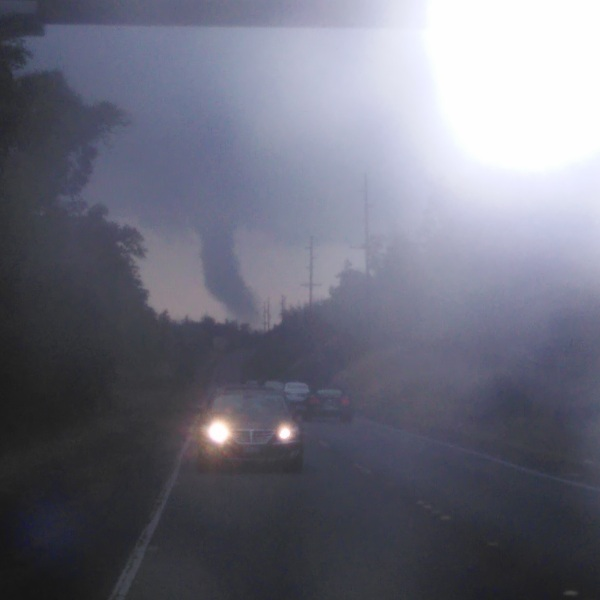 5-5 FUNNEL CLOUD carlos ornelas_156030
