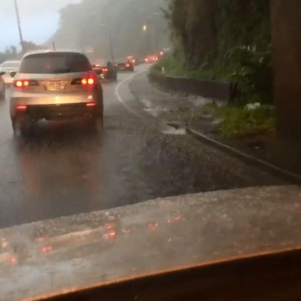 PALI HIGHWAY RAIN_159057