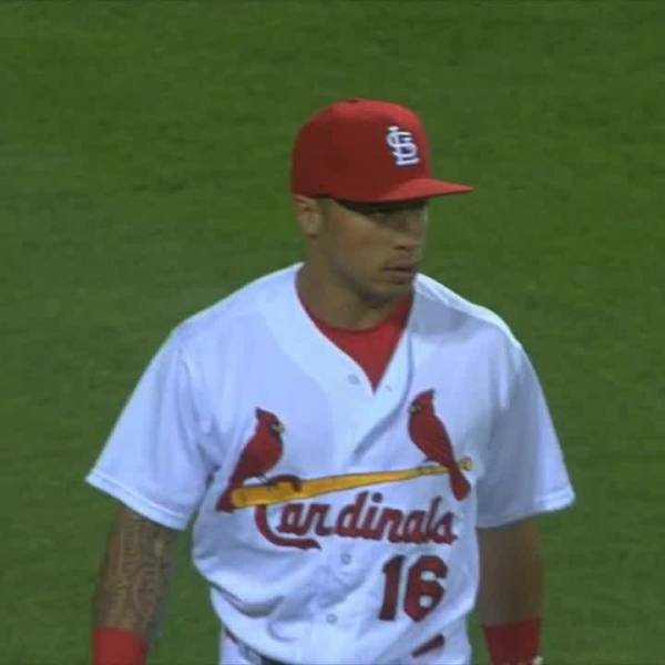 Wong shows versatility in MLB return by fitting seamlessly into outfield