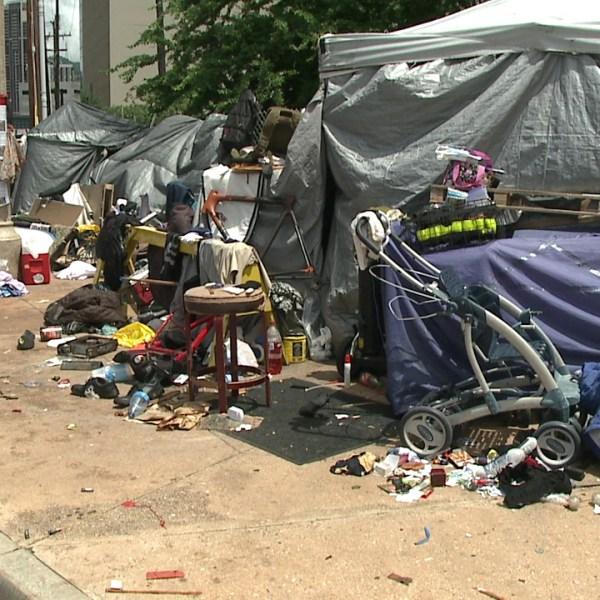 kakaako homeless camp_118085