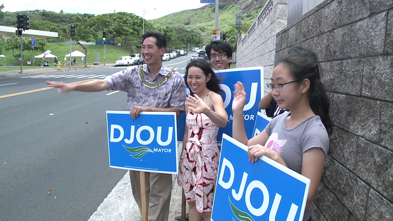charles djou campaigning aug. 13_170327