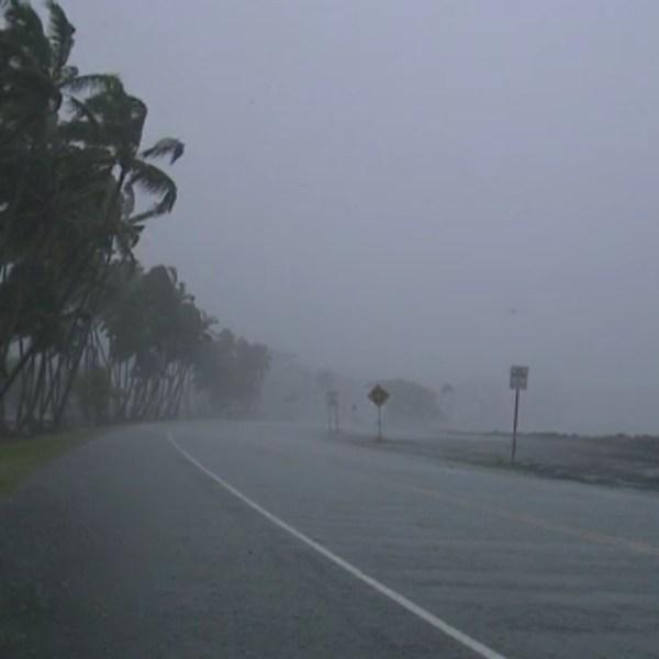 hilo bayfront highway rain_173005