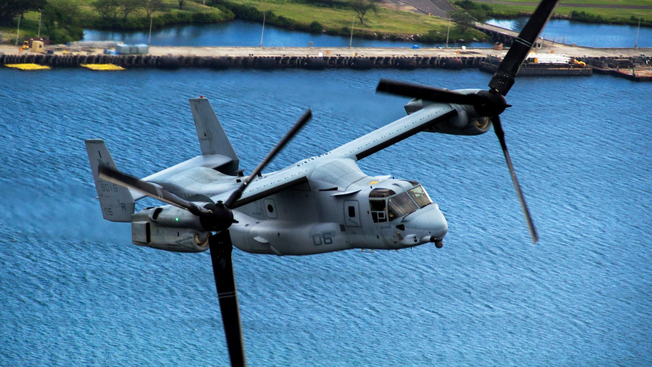 VMM-161 flies the Hawaiian skies_181155