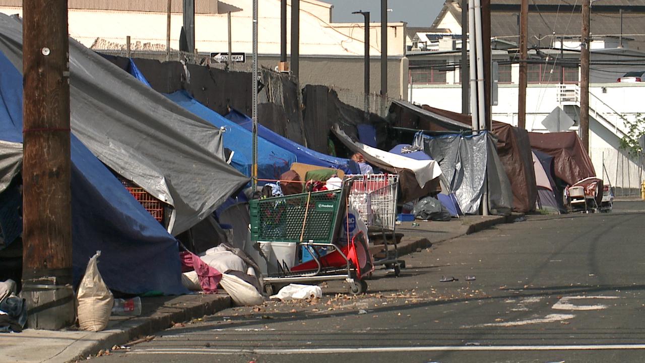 homeless_192837