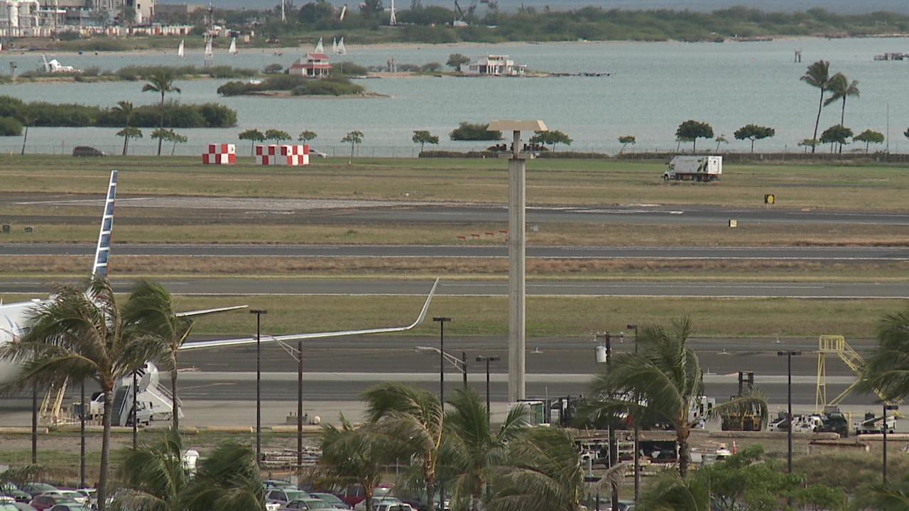 honolulu-international-airport-runway_197675