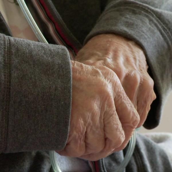 elderly hands closeup_202397