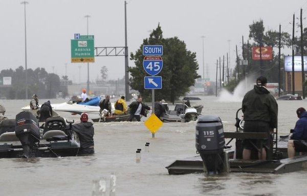 harvey flooding ap_221026